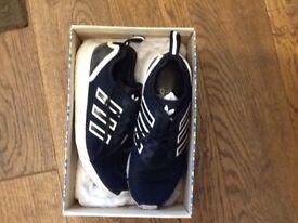 Adidas flux navy 7 1/2