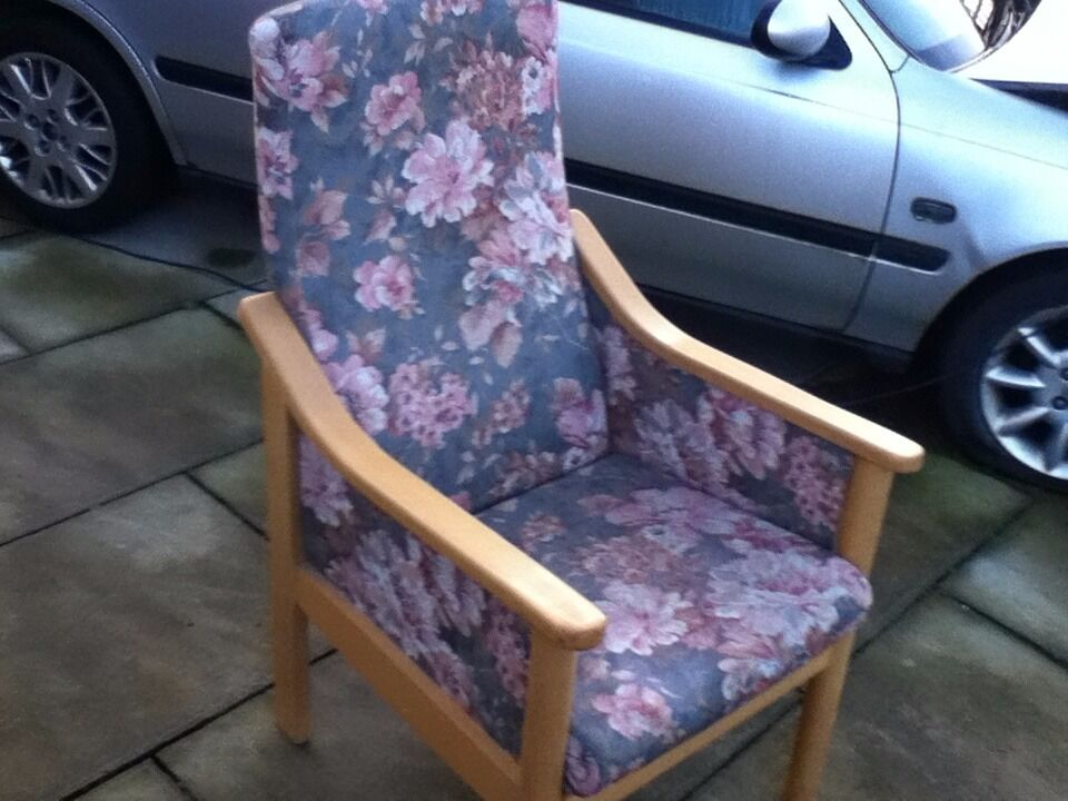 HIGH SEAT HIGH BACK FIRE SIDE CHAIR FLORAL PATTERNin Pudsey, West YorkshireGumtree - HIGH SEAT HIGH BACK FIRE SIDE CHAIR in good used condition in pale green with large pink floral pattern 21 INCH FROM FLOOR TO TOP OF CUSHION. can deliver local for small charge