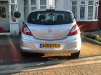 VAUXHALL CORSA 5 DOOR + FULL SERVICE HISTORT +FULLY HPI CLEAR REPORT + 1 Lady OWNER + 2 KEY