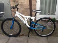 Vertigo bike with double disc brakes aluminium frame £40 can deliver for petrol