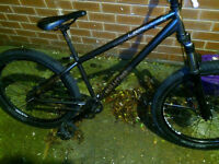 £120 if gone today! Lapierre 1.2 Raft Hardtail 2011 jump bike. Good condition 700 pound in shop. .