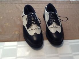 PAIR OF GOLF SHOES, SIZE 3 (36) BLACK & WHITE