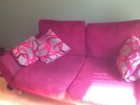 Hi, moving out today and getting rid of this couch. Have a van so can drop off in Livingston. £60