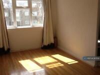 1 bedroom in Chatsworth Road, London, E15