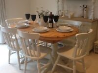Lovely solid pine extending dining table & 6 chairs finished in Farrow & Ball