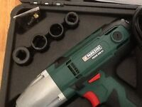 Impact wrench 230 volt 1/2 drive with long reach sockets and spare bushes