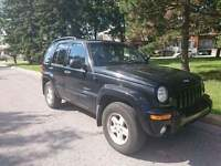 Jeep liberty 2004 vus 4x4