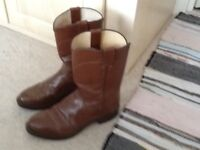 Brown leather justin american cowboy boots