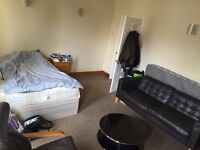 Flatshare, Willesden Green, Double big room!