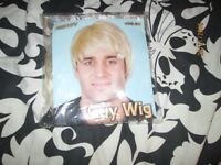 MENS SHORT BLONDE FANCY DRESS WIG GREAT FOR A PARTY OR STAG DO