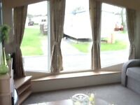 Flamingoland luxury caravan for hire