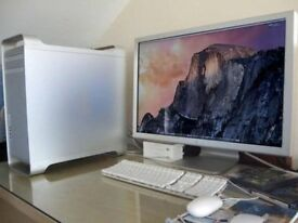 Apple Mac Pro Tower Complete Setup with Apple 30 Inch Cinema HD Display Screen Monitor MacPro