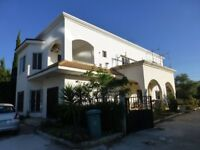 Beautiful 4 bedroom villa in Lebanon available for long term rental