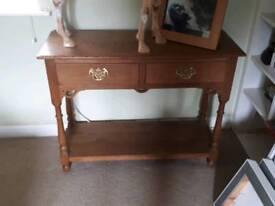 Very pretty solid oak console table