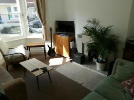 Large double room to rent in Southville houseshare