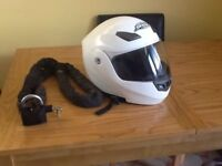 Motorcycle helmet and secure chain