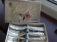 Collectors silver rose serving forks boxed to clear 19.99