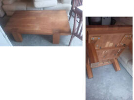 BEAUTIFUL CHUNKY SOLID OAK COFFEE TABLE REALLY GOOD QUALITY AND DESIGN LOOK GREAT IN ANY ROOM