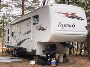 Legends International 5th wheel