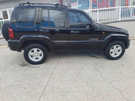2004 Jeep Cherokee Wagon Auto Plus 6 Months REGO Labrador Gold Coast City Preview