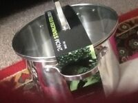 Stainless steal pot