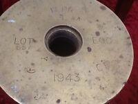 WW2 BRASS SHELL CASING , ETCHED 1943 , PR 17, I, LOT 557, ECC ,
