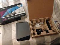 NETGEAR D7000-200UKS Nighthawk AC1900 Dual Band 600 + 1300 Mbps Wireless (Wi-Fi)