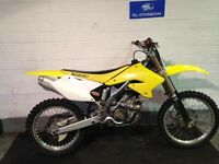 SUZUKI RMZ 250CC 2006 IN GOOD CONDITION JUST BEEN RE SHIMED AND SERVICED
