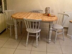 Solid pine extendable dining table & 4 painted chairs. DELIVERY AVAILABLE