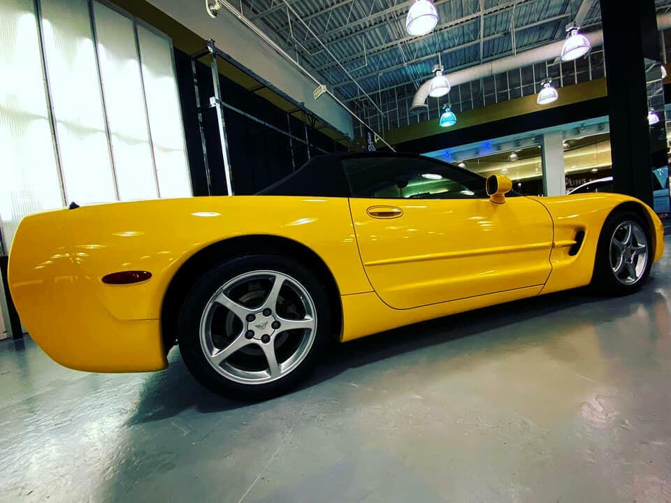 2002 Yellow Chevrolet Corvette Convertible    C5 Corvette Photo 4