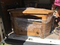 Pine wood tv table