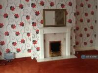 2 bedroom flat in Warbreck Drive, Blackpool, FY2 (2 bed)