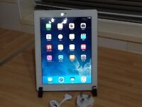 iPad 3 16GB Wifi + cellular Unlocked