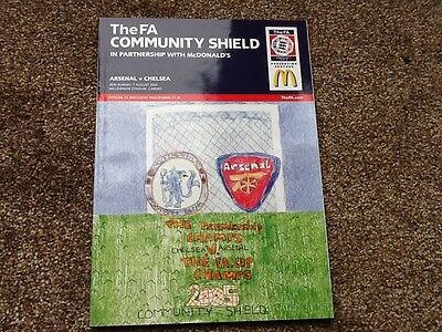 Arsenal v Chelsea FA Community Shield Programme 2005. Excellent condition