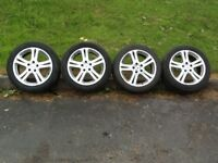 """Mercedes Alloys 17"""" comes with (4) almost new Pirelli tyres £240"""