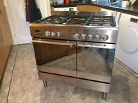 Beaumatic range dual fuel cooker with 2 ovens, one fan and 5 gas rings