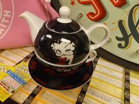 Brand new Betty Boop Tea For One tea for one teapots.