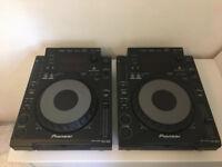CDJ 900 DJ Turntables x 2 in Fantastic Condition