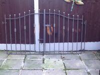 Galvanised grey set of gates sizes 2150mm long height 1250
