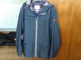A JASPER CONRAN BLUE HOODED JACKET AGE 12 YEARS IN EXCELLENT CONDITION