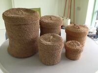 ROUND, VARIOUS SIZES STORAGE BASKETS WITH LIDS
