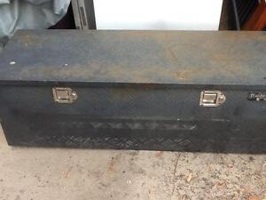 Large Solid Steel Lock Up Tool Box / Storage Box With Handles Woodridge Logan Area Preview