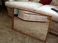 Lovely dressing table mirror. Freestanding in great condition