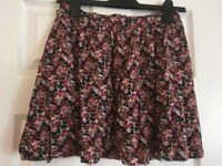 Floral skirt size 10 New Look