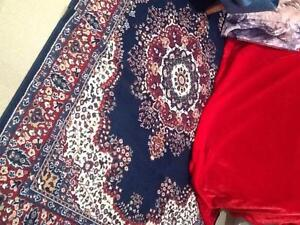 Large Persian-Style Rug Macquarie Links Campbelltown Area Preview