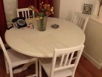LOVELY WHITE WOODEN DINING ROOM TABLE AND 4 WOODEN CHAIRS