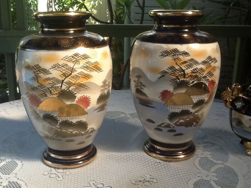 Antique Japanese Mantle Vases And Small Lidded Vase Other Antiques