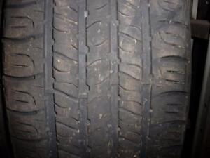 4 pneus d'été 215/55/17 Goodyear Assurance All Season, 50% d'usure, mesure 6-5/32.