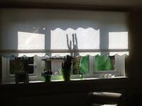 BIG WHITE WINDOW BLIND.. 210cm wide..