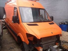 2008 Breaking MERCEDES SPRINTER VW CRAFTER caliper center consol sun roof gaiter gearstick airbag